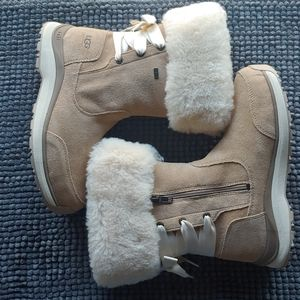 New women's Ugg ingalls boots